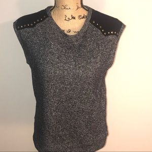 NWT Forever 21 Grey and Black Top